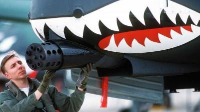 a-10-thunderbolt-warthog-cannon-1